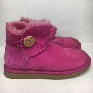 Woman's pink UGG Australia SIZE 8